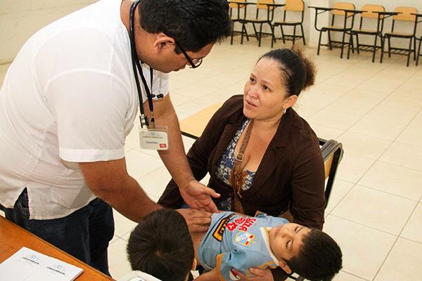 Incremento de infecciones respiratorias motiva campaña de salud en Talara