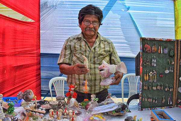 Gastronomía y artesanía brillaron en Talara