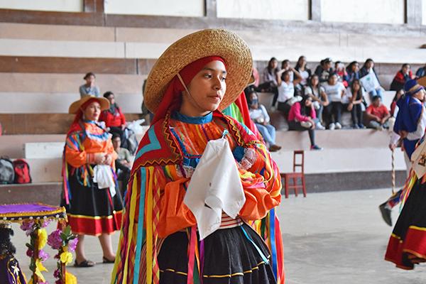Escolares talareños se unen para pedir una cultura de paz
